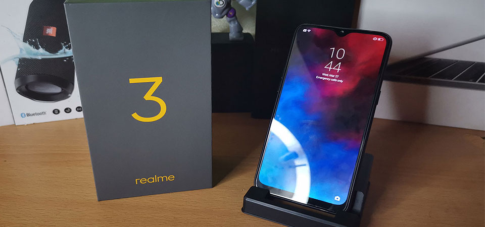 Realme 3 Unboxing and review